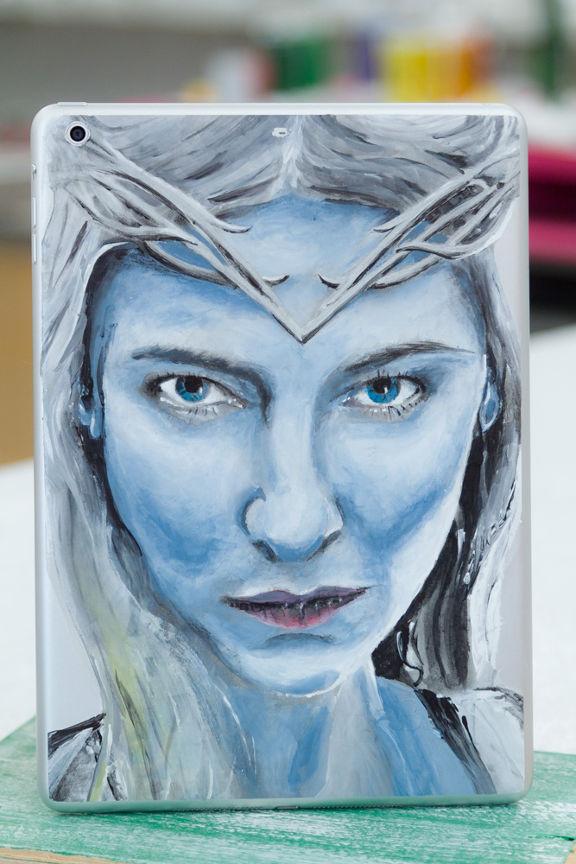 Galadriel (der Hobbit) als Verzierung auf iPad und iPhone malen